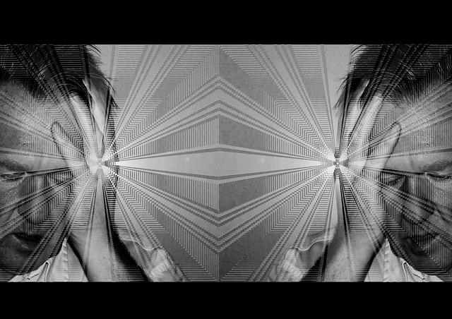 Un homme réfléchit en se tenant la tête. Son image est projetée dans un miroir.