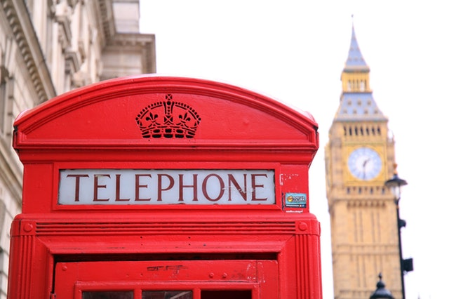 Cabine de téléphone en Angleterre.