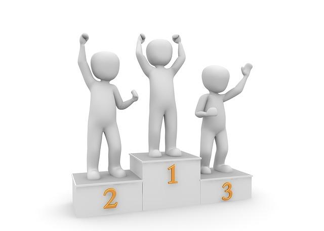 Podium des gagnants à l'EuroMillions.